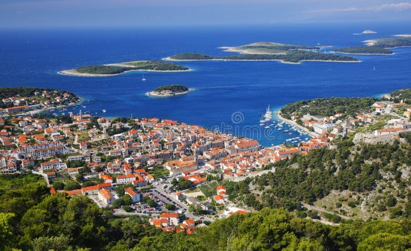 Panorama de la isla Hvar foto de archivo