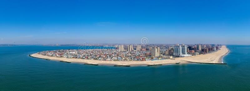 Panorama de la playa de Coney Island - New York City fotos de archivo libres de regalías