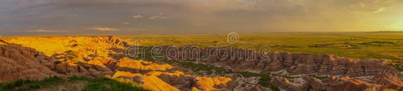 Panorama de la puesta del sol, parque nacional de los Badlands, SD foto de archivo libre de regalías