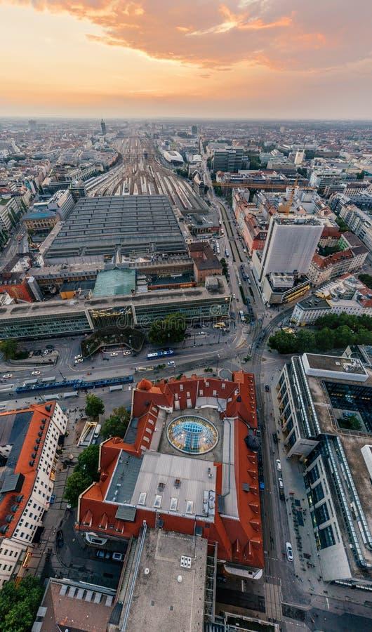 Panorama de la realidad virtual del vr del abejón 360 del aire de la ciudad de Munich foto de archivo libre de regalías