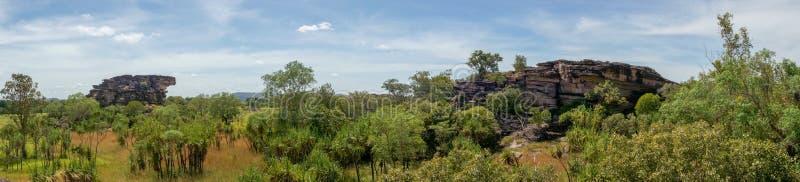 panorama de la surveillance de Nadab dans l'ubirr, parc national de kakadu - australie image stock