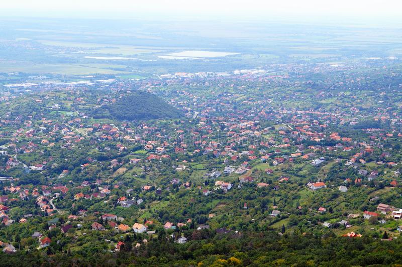 Panorama de la ville hongroise de Pécs d'une vue d'oeil d'oiseau Voyages autour de l'Europe image stock