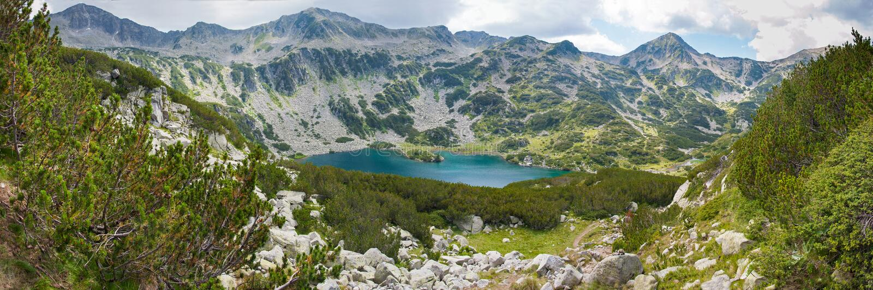 Panorama de lac Pirin image stock