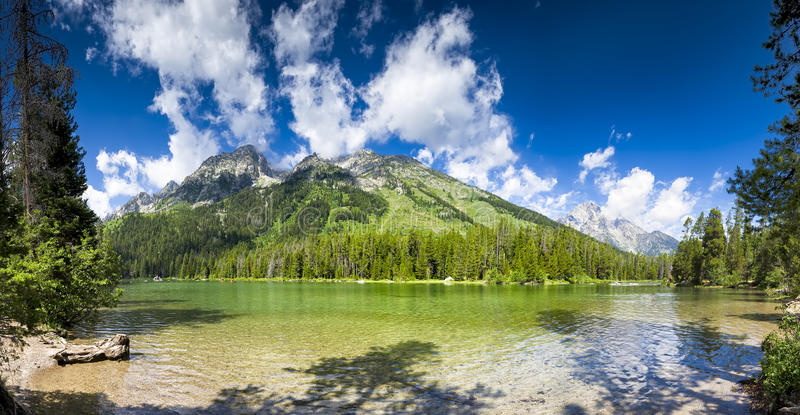 Panorama de lac string photographie stock