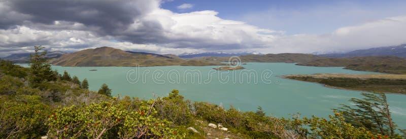 Panorama de lac vert, Torres del Paine, Chili photos stock