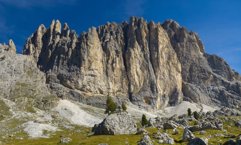 Panorama de las dolomías de las montañas fotos de archivo libres de regalías