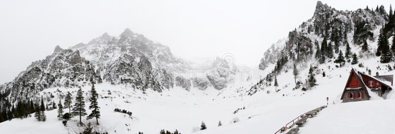 Panorama de las montañas de Bucegi fotografía de archivo libre de regalías