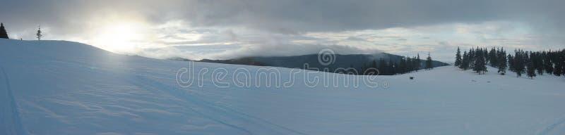 Panorama De Lever De Soleil De L Hiver Photo libre de droits