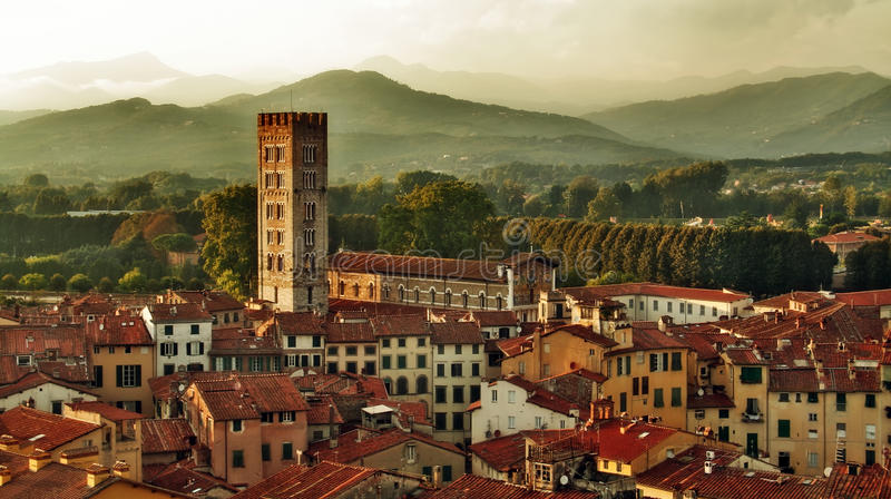 Panorama de Lucca, Italy imagens de stock royalty free