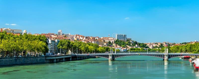 Panorama de Lyon au-dessus du Rhône dans les Frances photographie stock