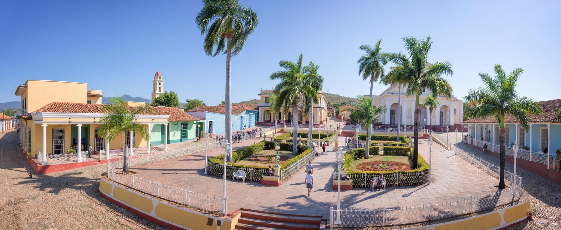 Panorama de maire de plaza, Trinidad, Cuba image stock