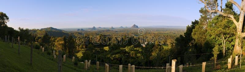 Panorama de montagnes de serre images stock