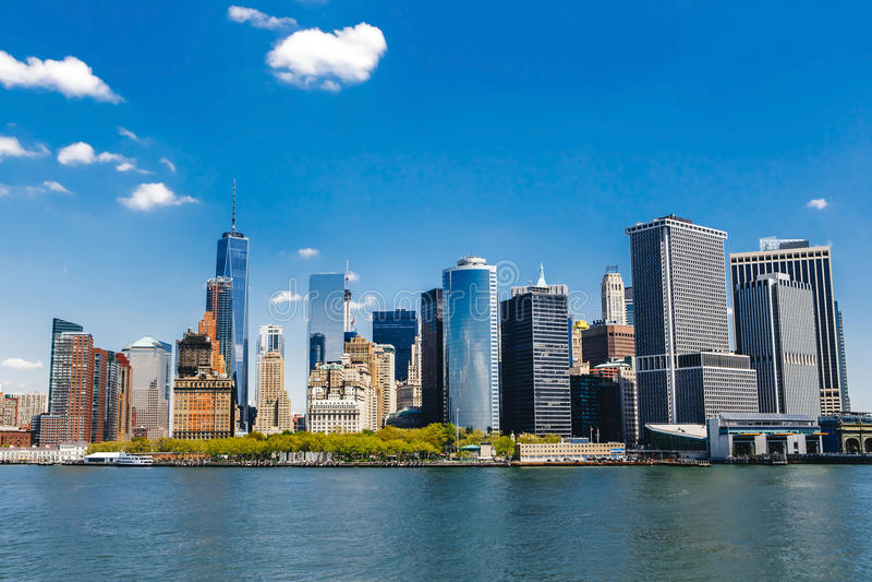 Panorama de New York City con el horizonte de Manhattan imagen de archivo libre de regalías