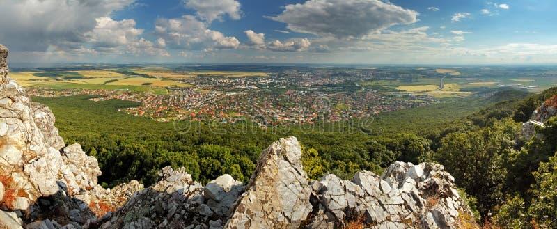 Panorama de Nitra, Eslováquia imagem de stock
