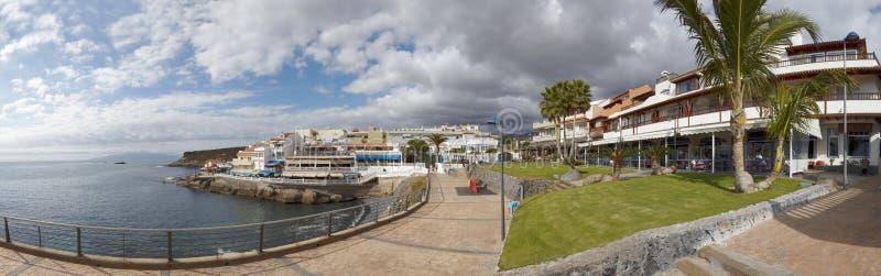 Panorama de Océano Atlántico y de la playa del La Caletta, Tenerife imagen de archivo