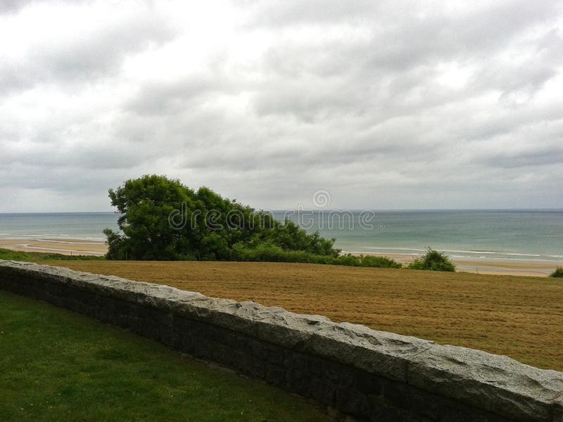 Panorama de Omaha Beach, costa de Normandy imagem de stock