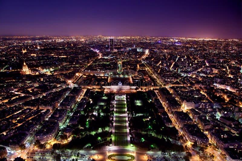 Panorama de Paris, France la nuit. images libres de droits