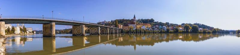 Panorama de Passau na cidade imagens de stock