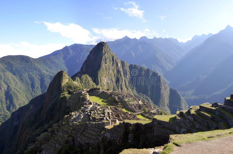Panorama de Peru de Machu Pichu com pico de Wayna fotos de stock