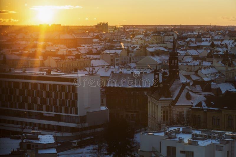 Panorama de Pilsen au coucher du soleil photos stock