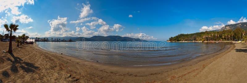 Panorama de plage chez Akyaka près image stock