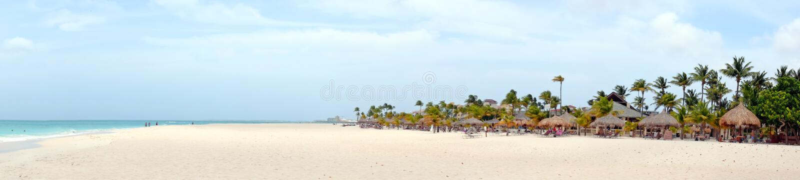 Panorama de plage de Manchebo sur l'île d'Aruba images libres de droits