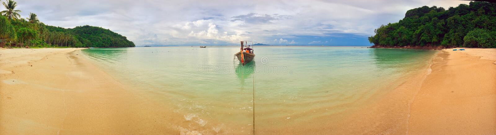 panorama de plage tropical images stock