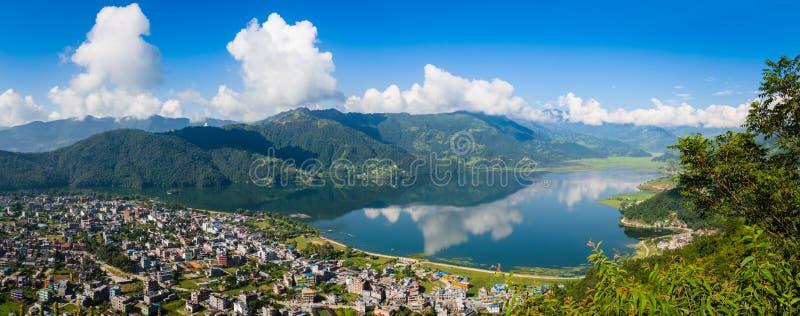 Panorama de Pokhara imagens de stock