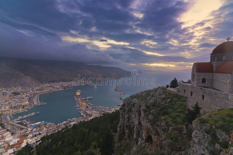Panorama de Pothia, comme vu du monastère d'AgioS Savvas photographie stock libre de droits