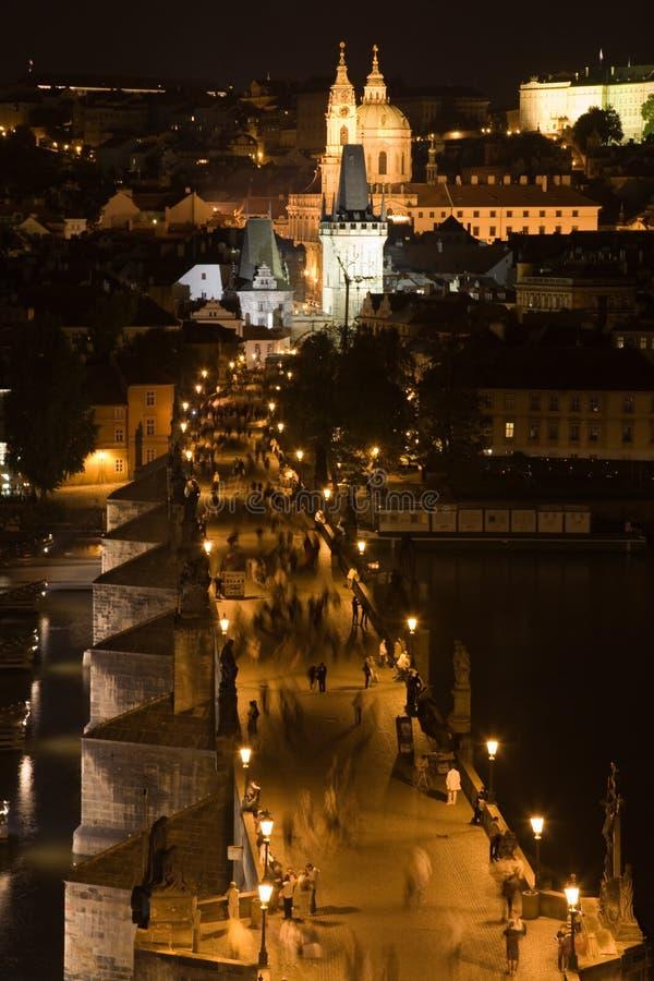 Panorama de Praga sobre a ponte de Charles foto de stock royalty free