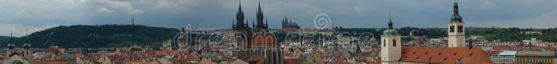 Panorama de Prague (tour de poudre) photo libre de droits