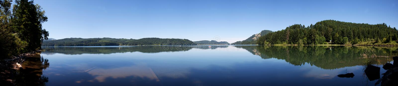 Panorama de réservoir de Dorena photos stock
