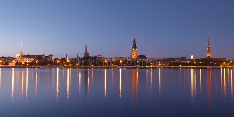 Panorama de Riga vieja foto de archivo libre de regalías