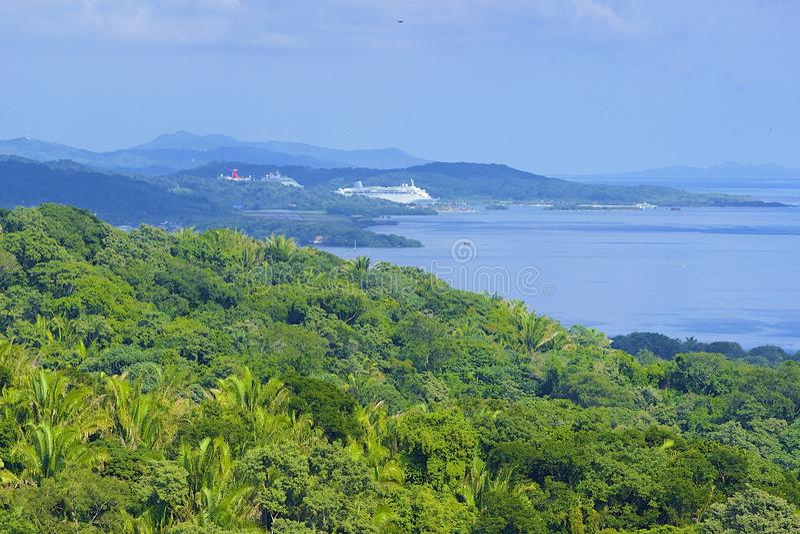 Panorama de Roatan, Honduras imagenes de archivo