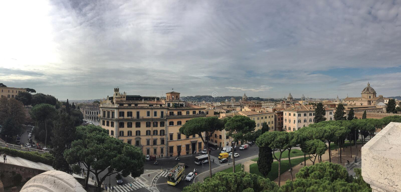 Panorama de Roma imagenes de archivo