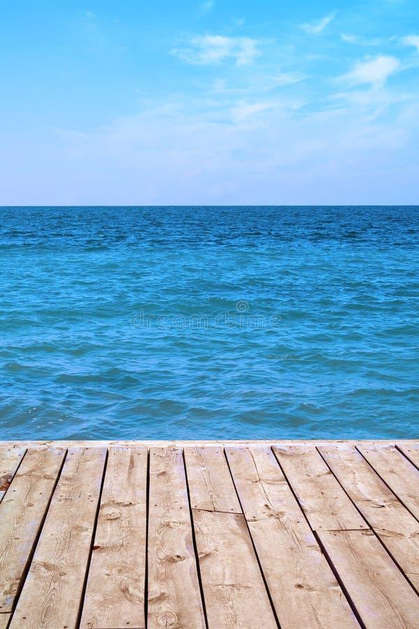 Panorama de Seaview de la cubierta de madera imagenes de archivo