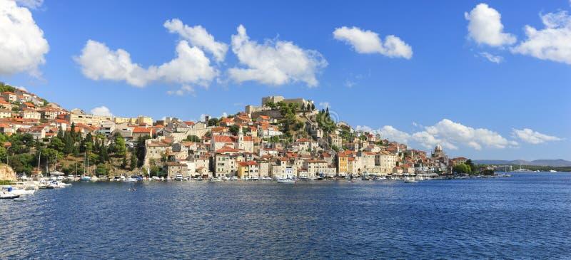 Panorama de Sibenik images stock