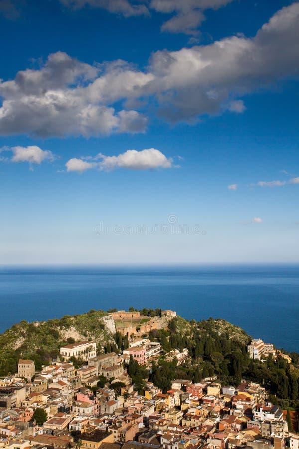 Panorama de Taormina photographie stock libre de droits