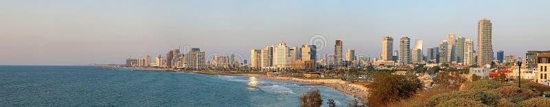 Panorama de Tel Aviv, Israel no por do sol fotos de stock