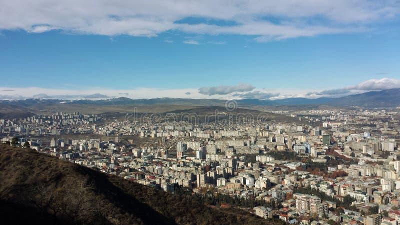 Panorama de um vale de Tbilisi foto de stock