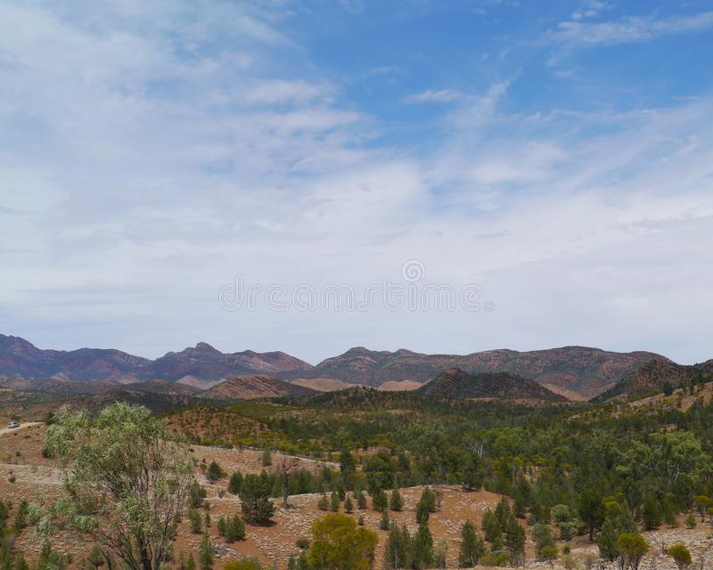 Panorama de uma paisagem australiana imagens de stock