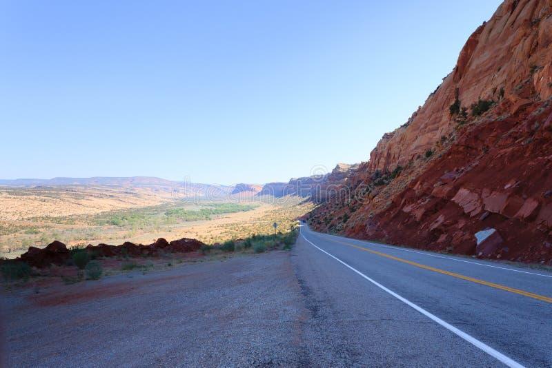 Panorama de Utah, camino en perspectiva imagenes de archivo