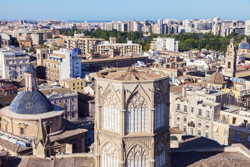 Panorama de Valencia con la catedral fotografía de archivo libre de regalías