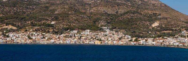 Panorama de Vathy, capitale de Samos photo stock
