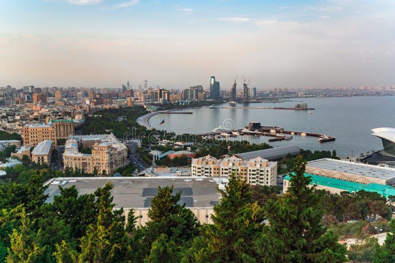 Panorama de ville de Bakou image libre de droits