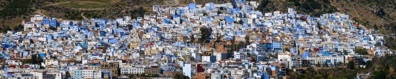 Panorama de ville bleue Chefchaouen images libres de droits