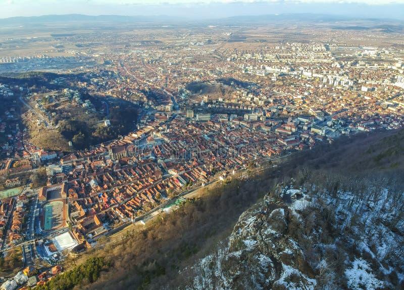 Panorama de ville de Brasov, Romnaia, vue aérienne image libre de droits