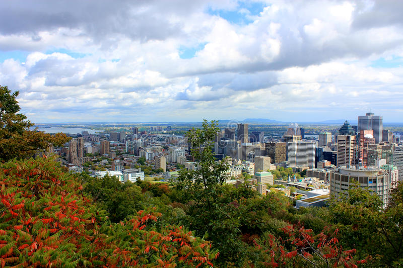 Panorama de ville de Montréal du Mt royal images libres de droits