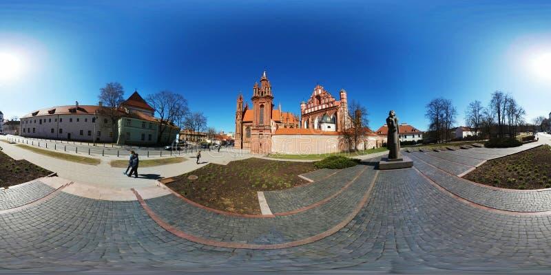 panorama de 360 vr do marco famoso em Vilnius, Lituânia fotografia de stock