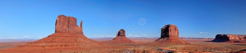 Panorama dei guanti della valle del monumento fotografie stock